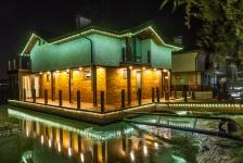 Контурная пиксельная подсветка дома на воде, BRIGHTLED STARLIGHT